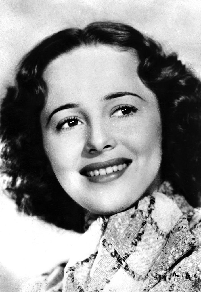 Image Credits: Getty Images / The Print Collector/Print Collector | A young Olivia de Havilland