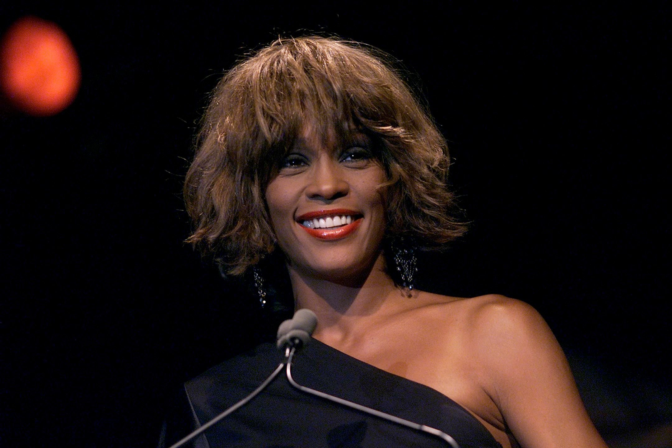 Whitney Houston at the Songwriters Hall of Fame 32nd Annual Awards / Getty Images
