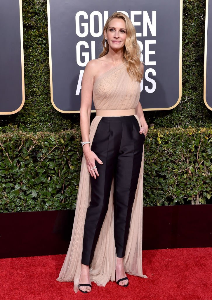 Image Source: Getty Images/Axelle/Bauer-Griffin/Julia Roberts attends the 76th Annual Golden Globe Awards at The Beverly Hilton Hotel on January 6, 2019 in Beverly Hills, California