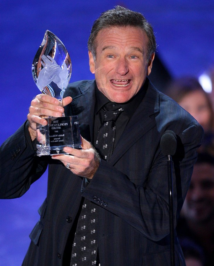 Image Credits: Getty Images | Robin Williams stars in the comedy film 'Mrs. Doubtfire' in 1993