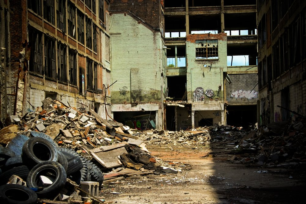 Abandoned Packard factory ruins on a sunny afternoon | Shutterstock