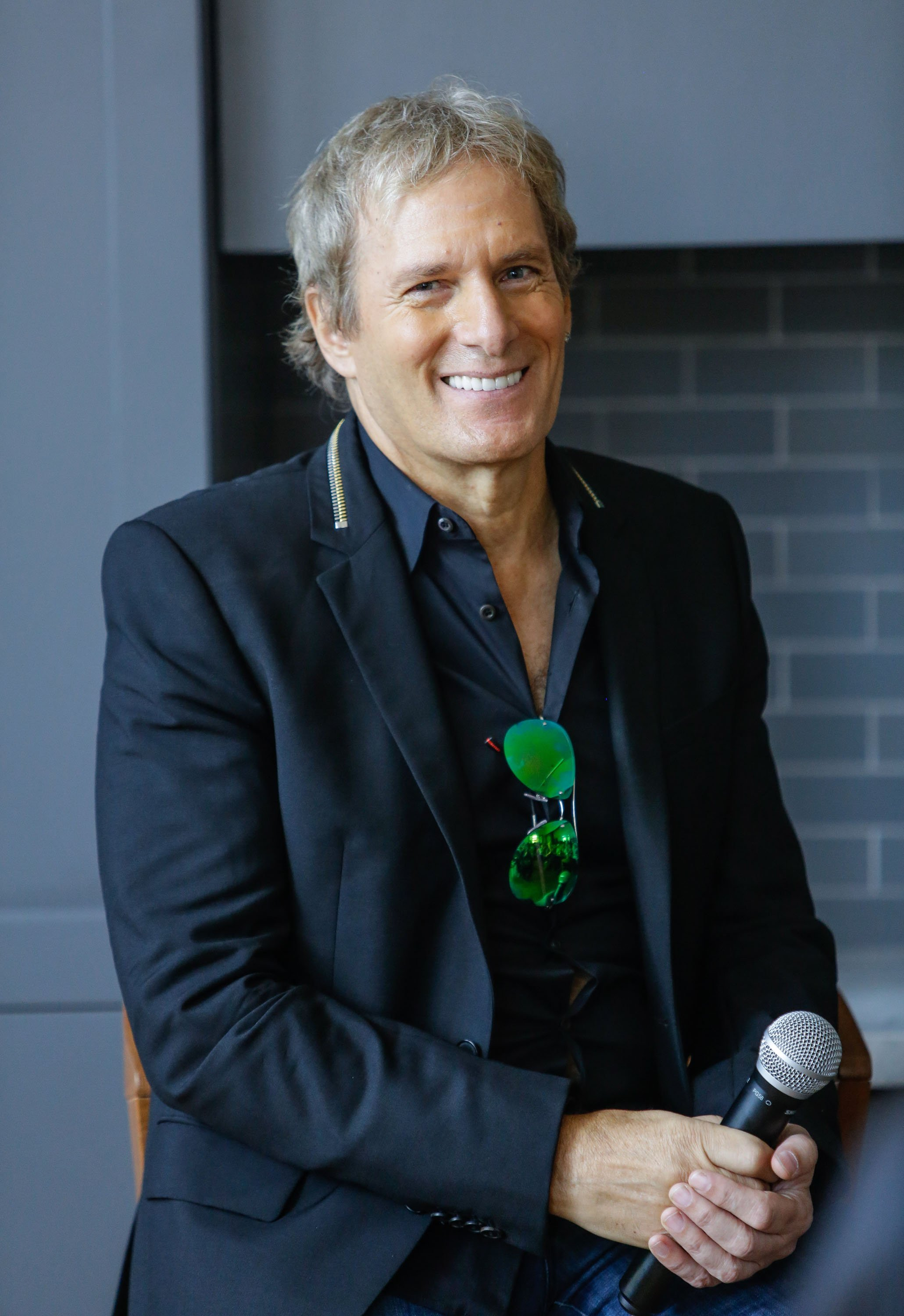 Image Source: Getty Images/ Michael Bolton in one of his performances