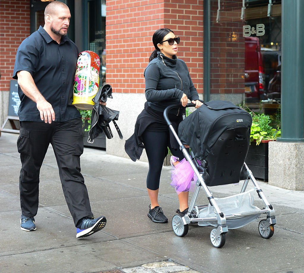 Image Credit: Getty Images / Kim Kardashian walks Baby North West to Soho Gym on September 10, 2015 in New York City.