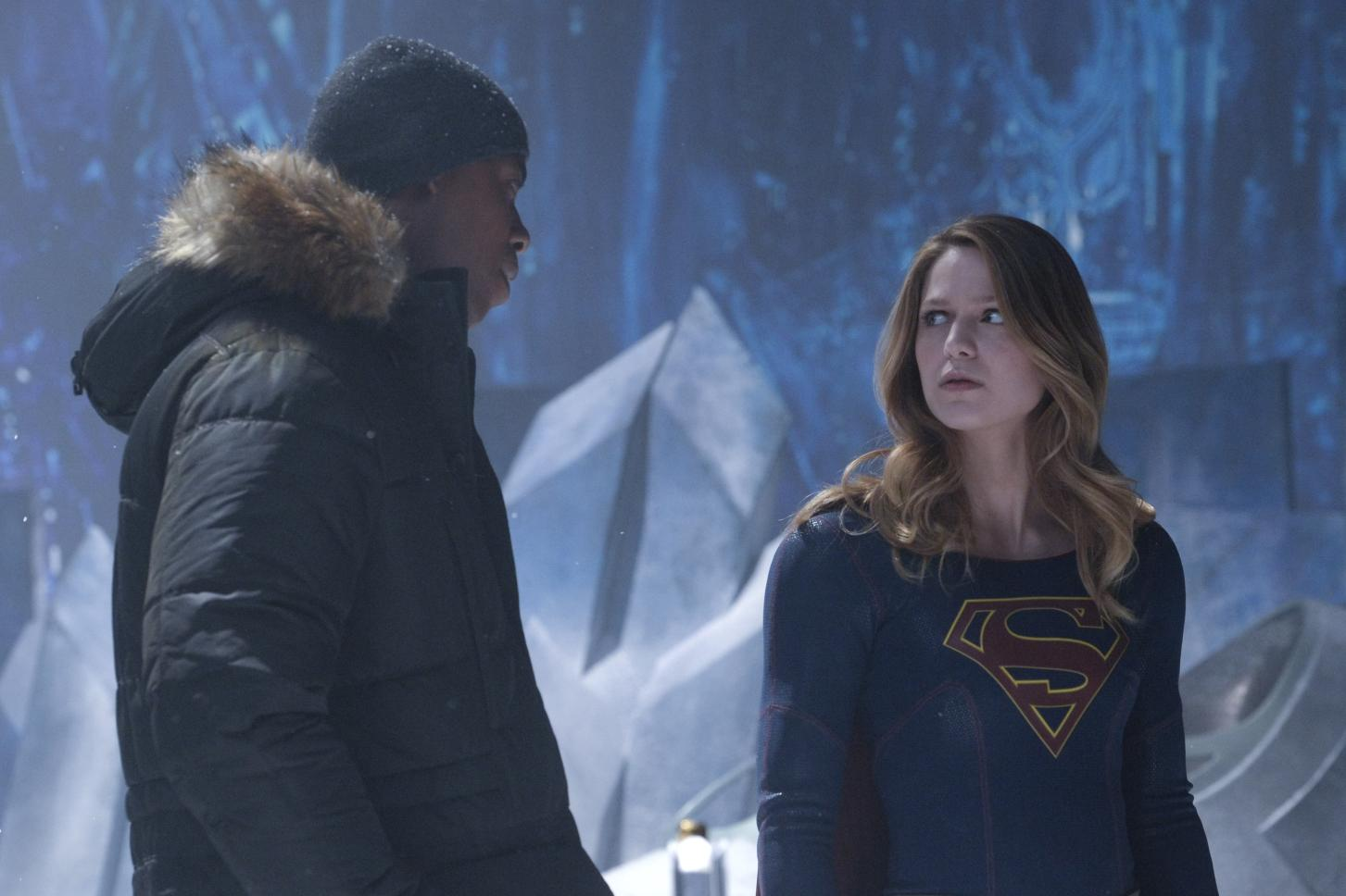 Supergirl: 6 Key Rules The Cast Has To Follow