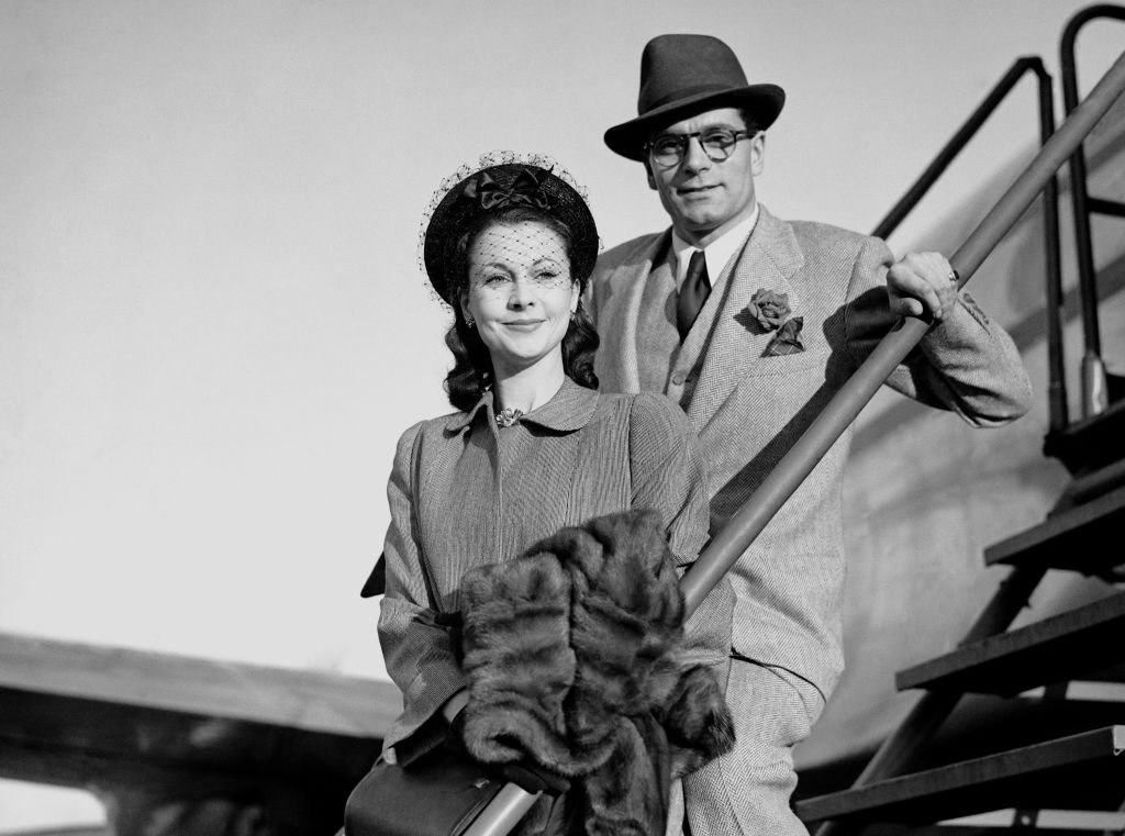 Image Credits: Getty Images /  PA Images  | Vivien Leigh and Laurence Olivier posing