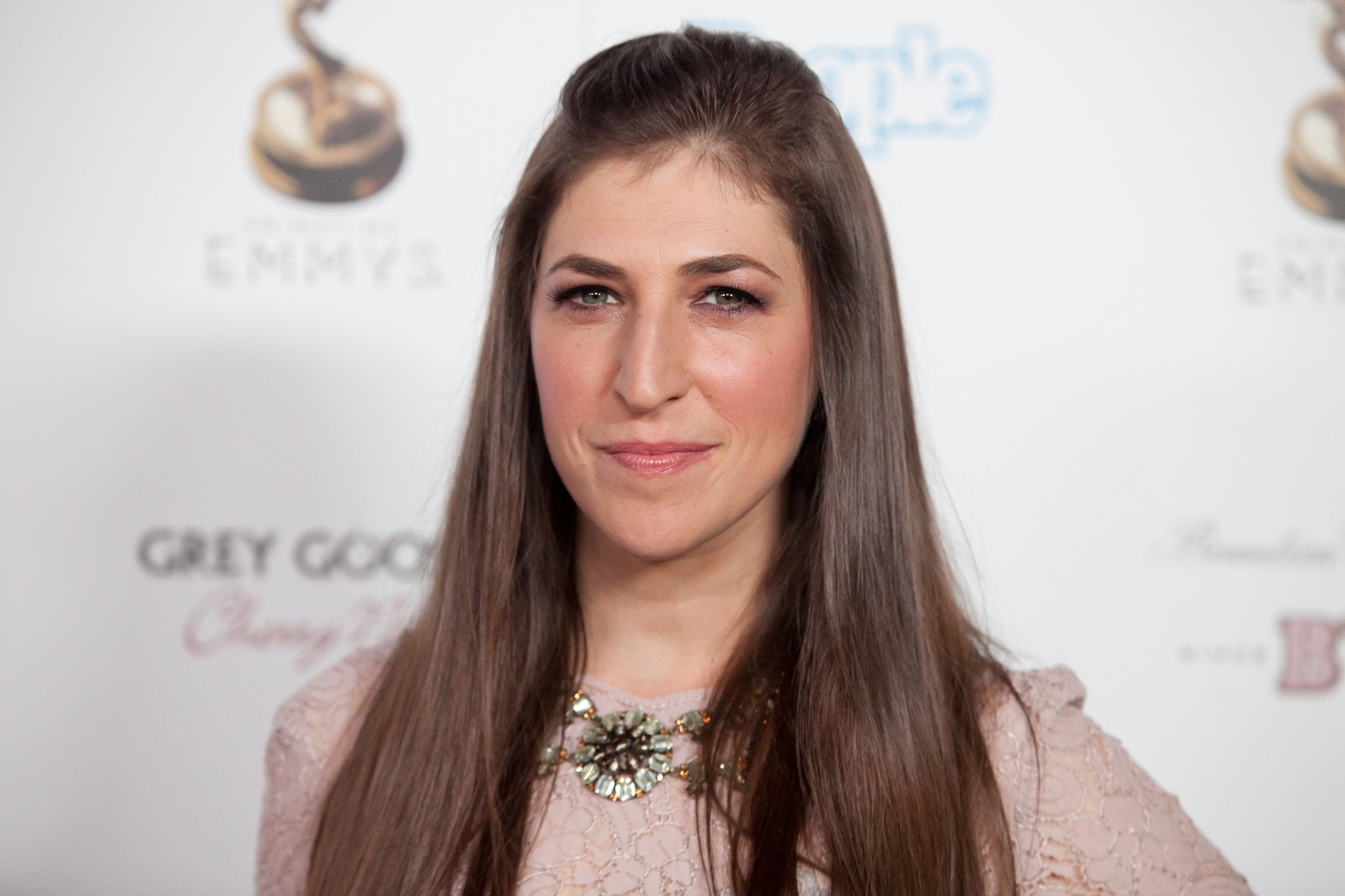 Image Credits: Getty Images / Imeh Akpanudosen | Actress Mayim Bialik attends The Academy Of Television Arts & Sciences Performer Nominees' 64th Primetime Emmy Awards Reception at Spectra by Wolfgang Puck at the Pacific Design Center on September 21, 2012 in West Hollywood, California.