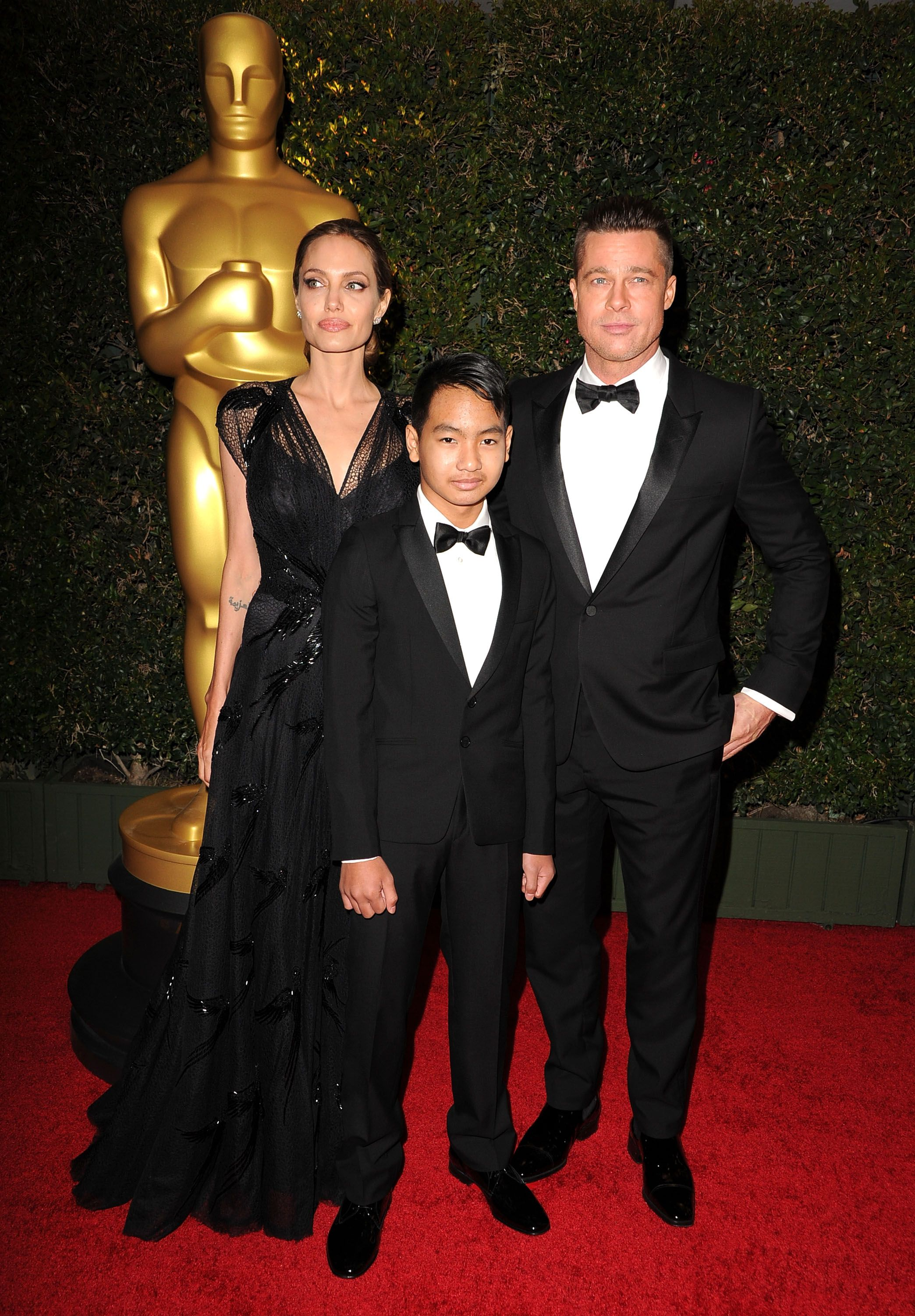 Brad Pitt, Maddox Jolie-Pitt and Angelina Jolie/Photo:Getty Images
