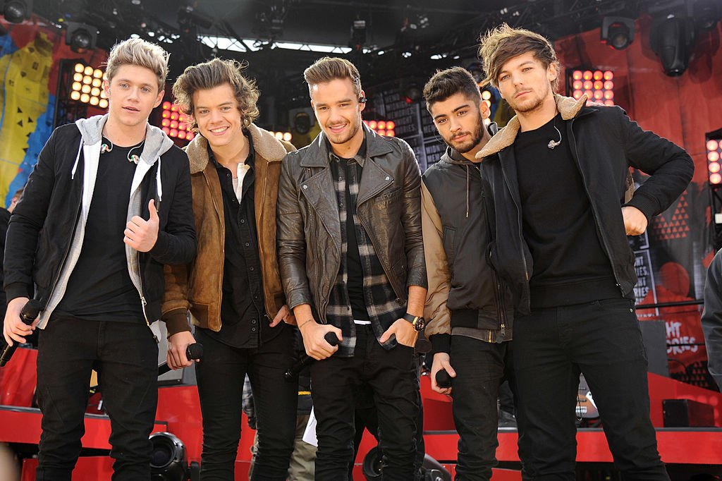 Image Source: Getty Images/One Direction performing at a event