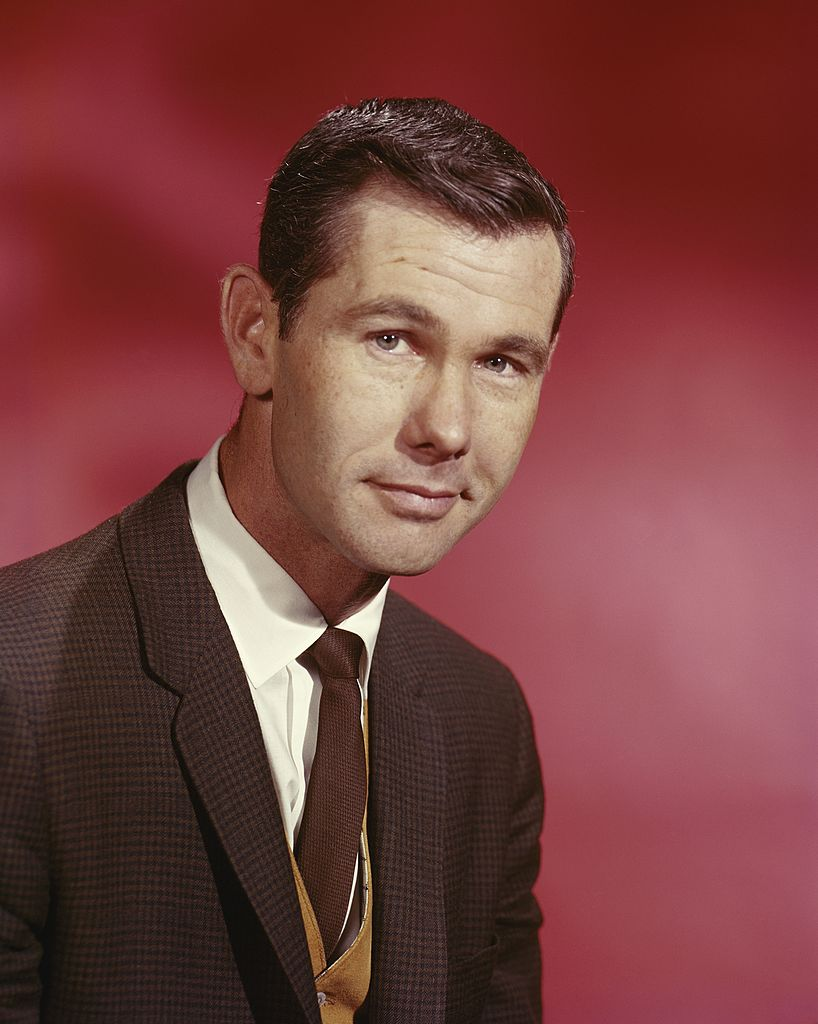 Image Credits: Getty Images / Michael Ochs Archives | Johnny Carson host of the Tonight Show poses for a portrait circa 1965 in New York City, New York.