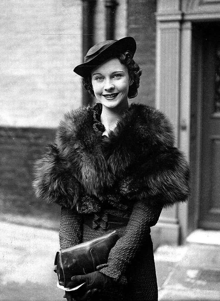 Image Credits: Getty Images /  Popperfoto  | Vivien Leigh in 1935