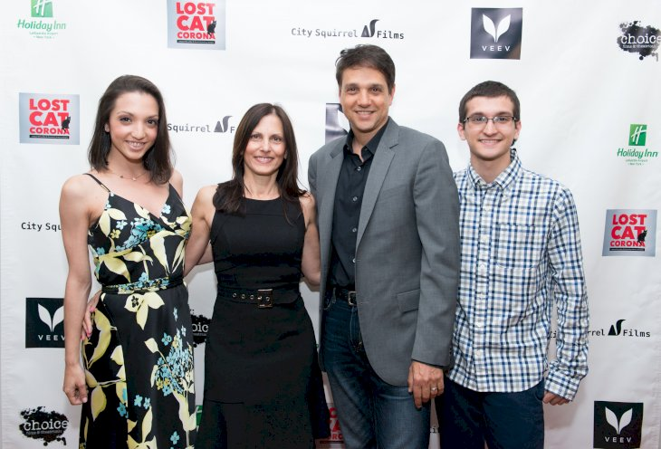 Ralph Macchio with his family / Photo:Getty Images