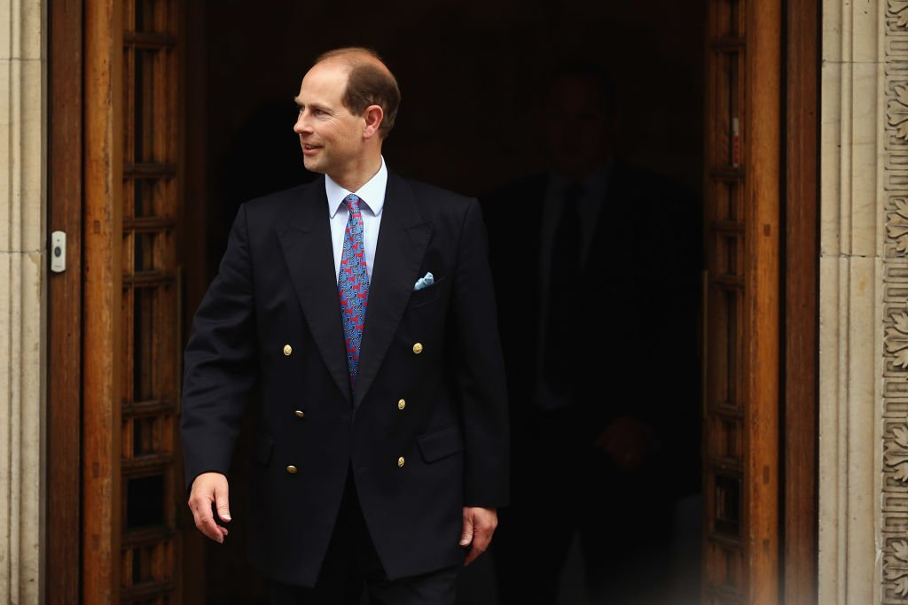 Image Credit: Getty Images / Prince Edward, Earl of Wessex leaves after a visit to Prince Philip, the Duke of Edinburgh as he celebrates his 92nd birthday in a London Clinic on June 10, 2013 in London.