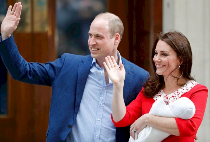 Image Credit: Getty Images / Prince William and Catherine, Duchess of Cambridge depart the Lindo Wing with their newborn son, Prince Louis.