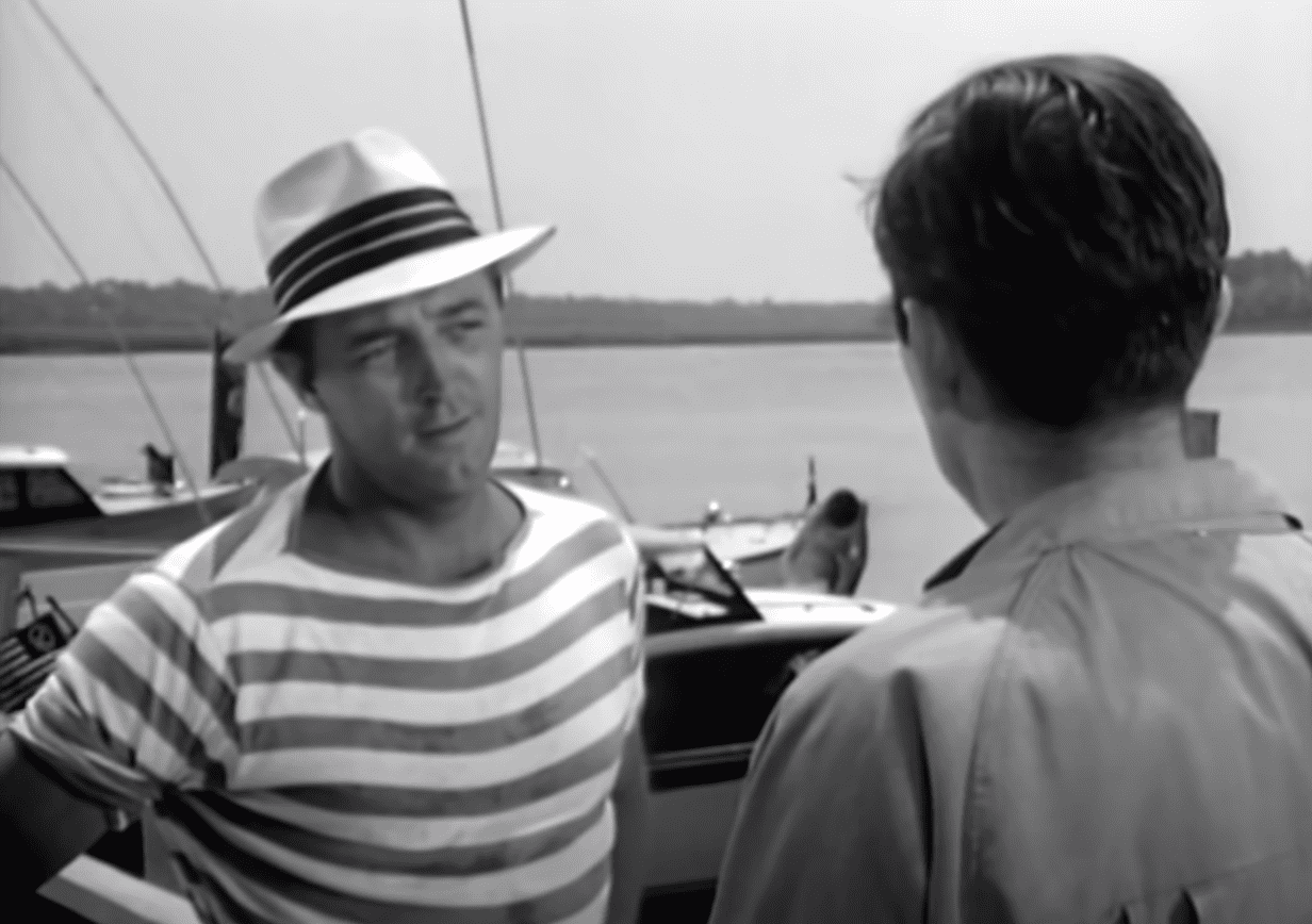 Image Source: Youtube/The Hollywood Collection|Cape Fear/Universal Pictures