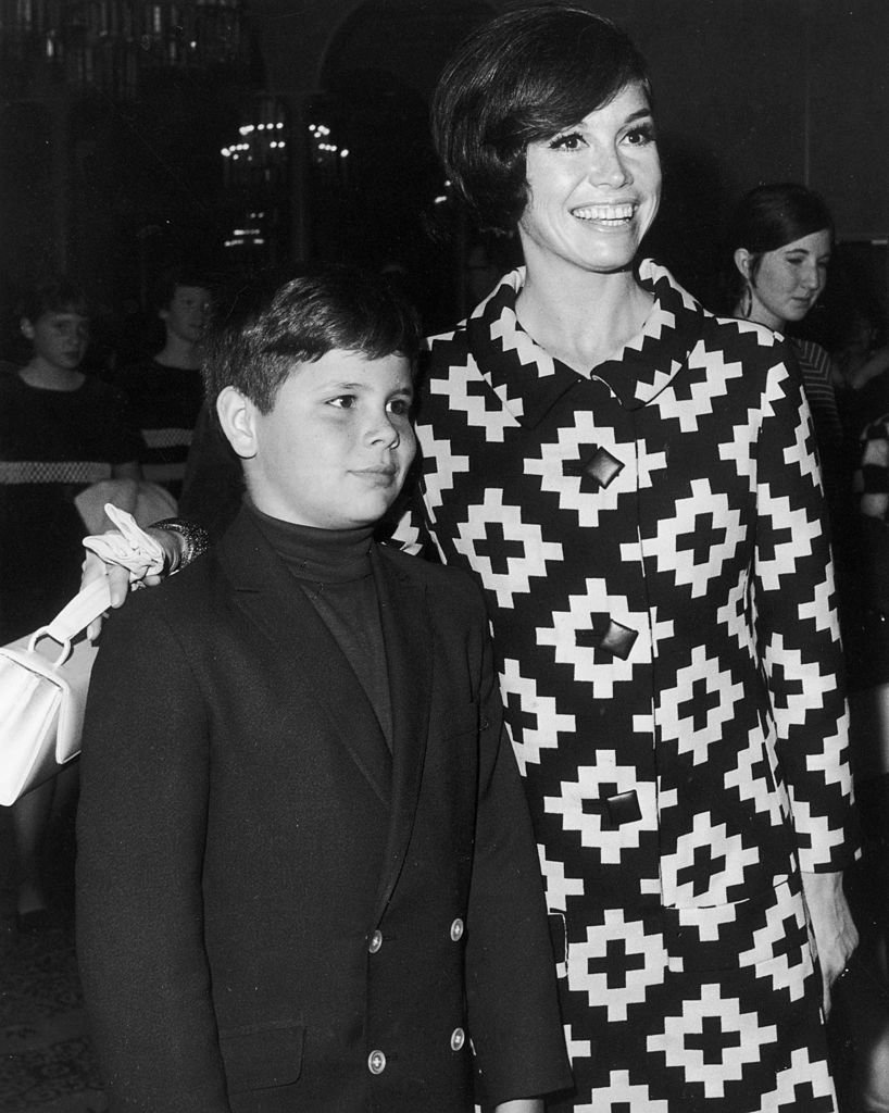 Image Credits: Getty Images | Mary Tyler Moore with son Richard Meeker