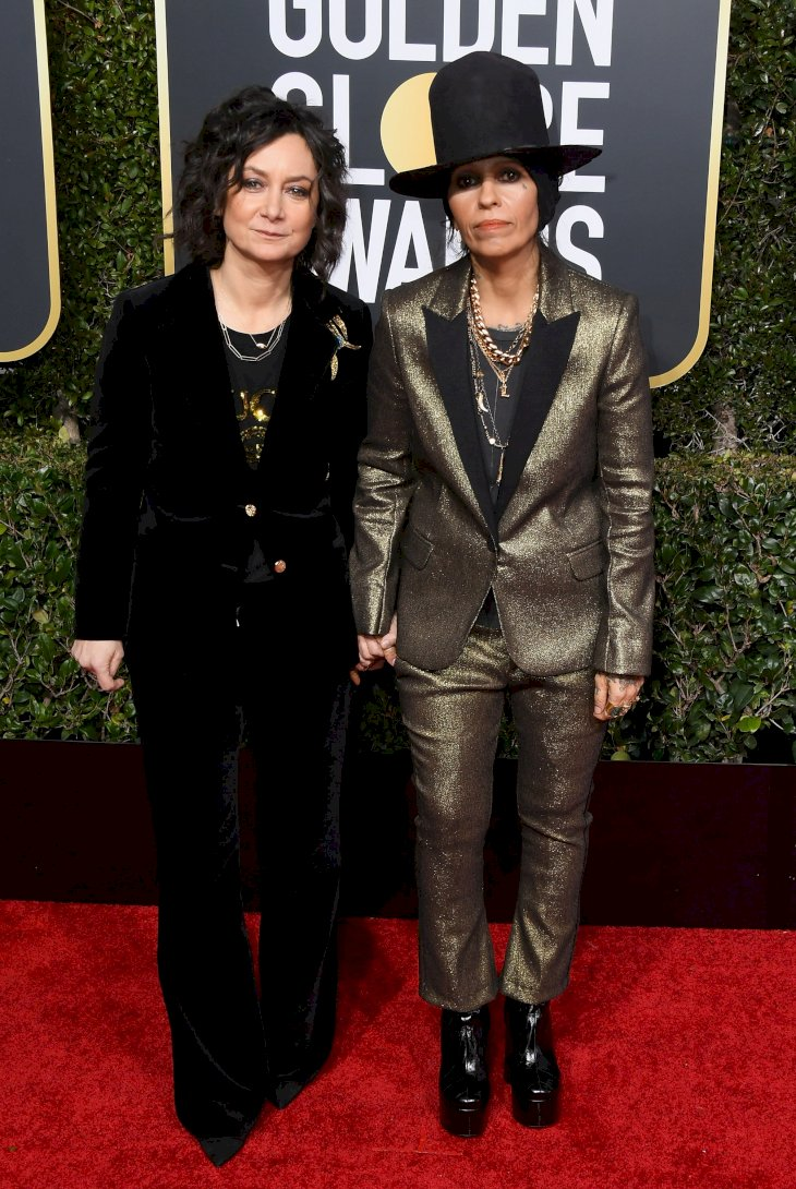 Image Credit: Getty Images/Jon Kopaloff | Sara Gilbert and Linda Perry attend the 76th Annual Golden Globe Awards