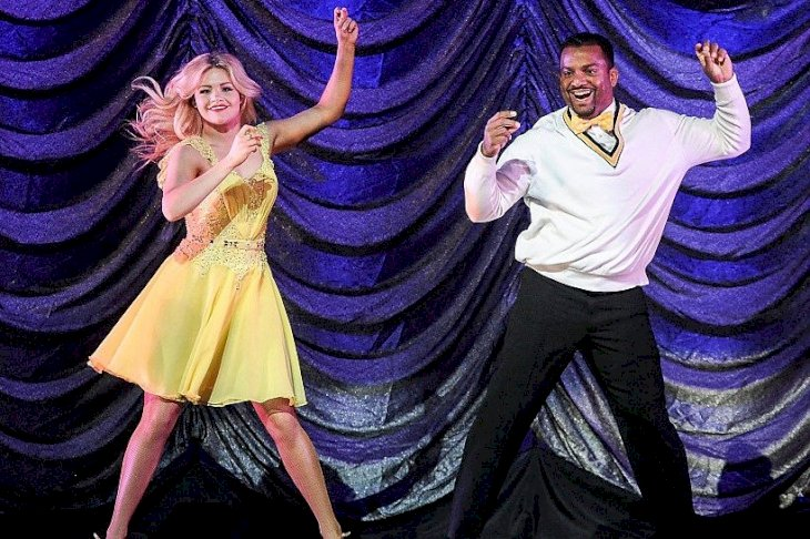 Image Credit: Getty Images/WireImage/Daniel Zuchnik |  Witney Carson and Alfonso Ribeiro perform onstage during