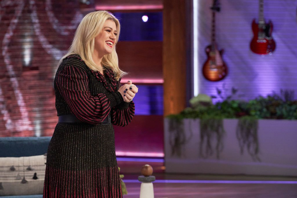 Image Credit: Getty Images / Kelly Clarkson on season 1 of her talk show, The Kelly Clarkson Show.
