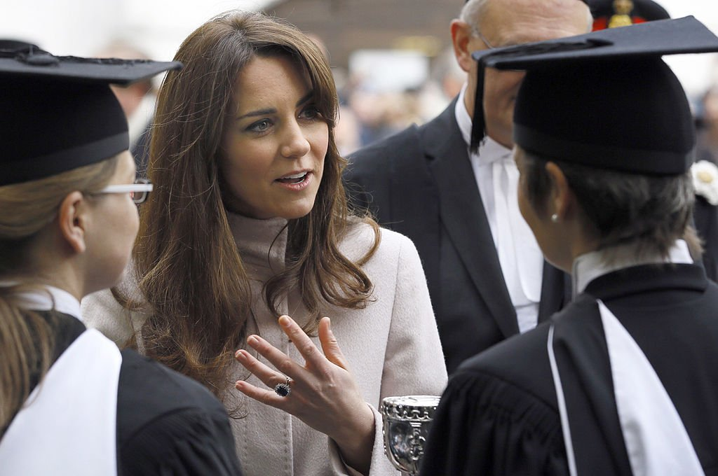 Image Credit: Getty Images / Catherine, Duchess of Cambridge speaks to University staff and students during a visit to Senate House on an official visit to Cambridge on November 28, 2012.
