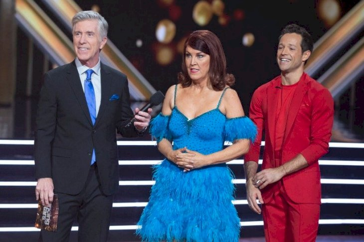 Image Credit: Getty Images/Eric McCandless | TOM BERGERON, KATE FLANNERY, PASHA PASHKOV in a post-performance interview