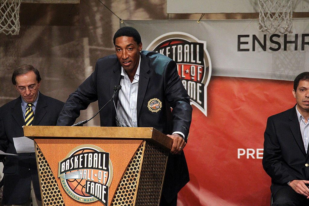 Image Credits: Getty Images / Nathaniel S. Butler / NBAE | Inductee Scottie Pippen speaks to the media during the Basketball Hall of Fame Class of 2010 press conference at the Naismith Memorial Basketball Hall of Fame on August 13, 2010 in Springfield, Massachusetts.