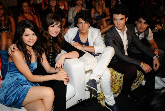 Image Credits: Getty Images | One of the most iconic Disney couples, Nick Jonas and Selena Gomez ended their tie in 2009
