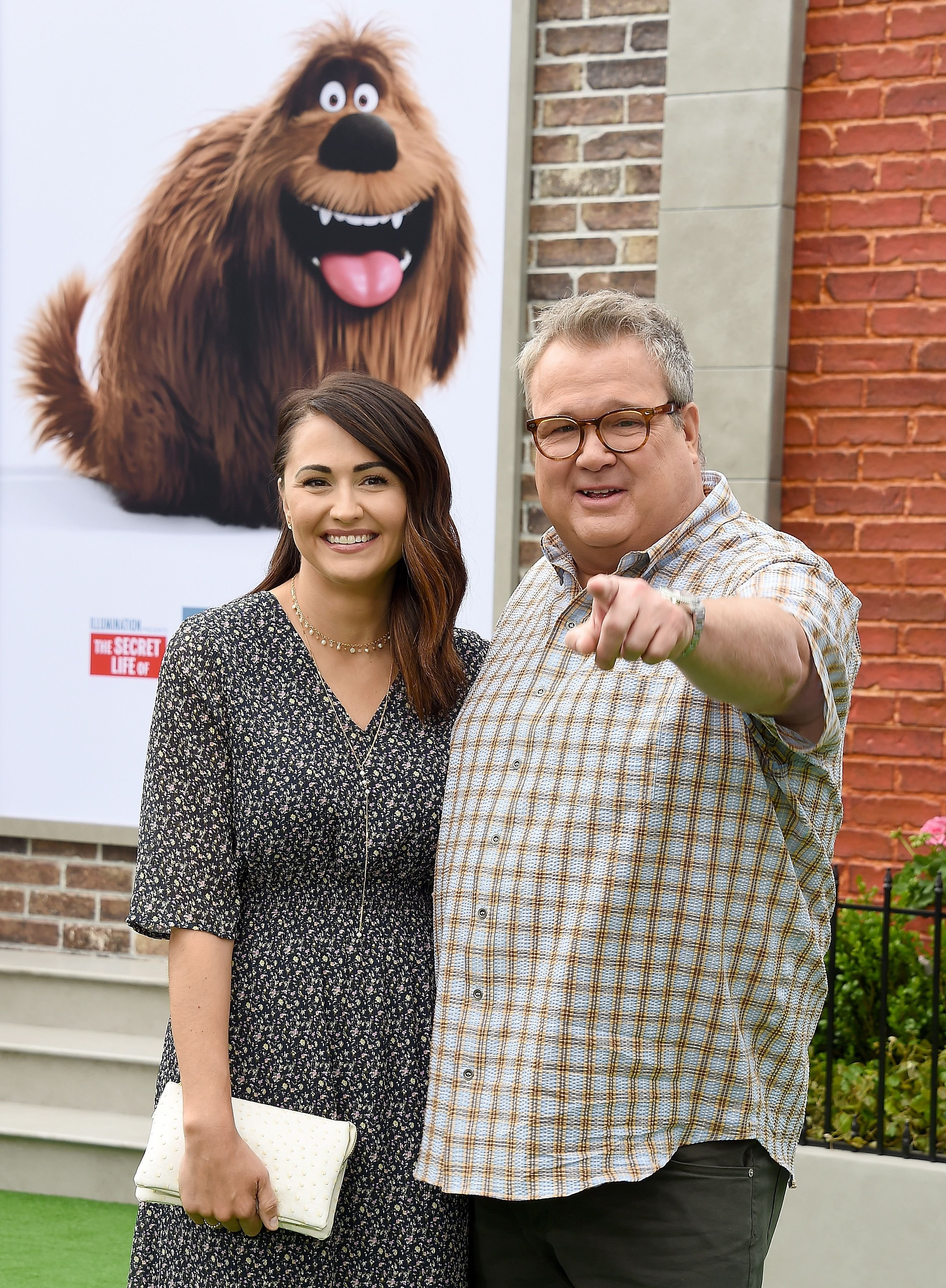 Eric Stonestreet is happily in love with his girlfriend Lindsay Schweitzer / Getty Images