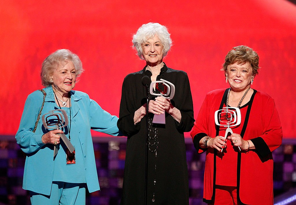 "Image Credits: Getty Images / Kevin Winter | (L-R) Actresses Betty White, Bea Arthur, and Rue McClanahan accept the Pop Culture Award onstage during the 6th annual ""TV Land Awards"" held at Barker Hangar on June 8, 2008 in Santa Monica, California."