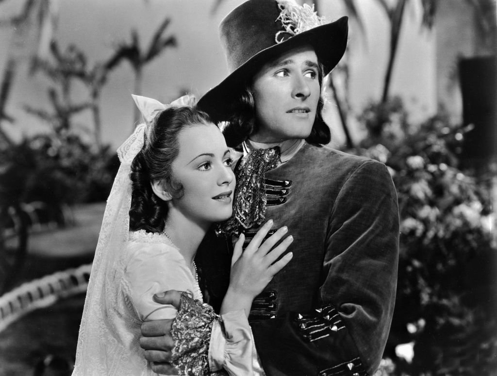 Image Source: Getty Images/United Archives/Kino. Captain Blood, USA, 1935, aka: Unter Piratenflagge, Regie: Michael Curtiz, Darsteller: Errol Flynn, Olivia de Havilland