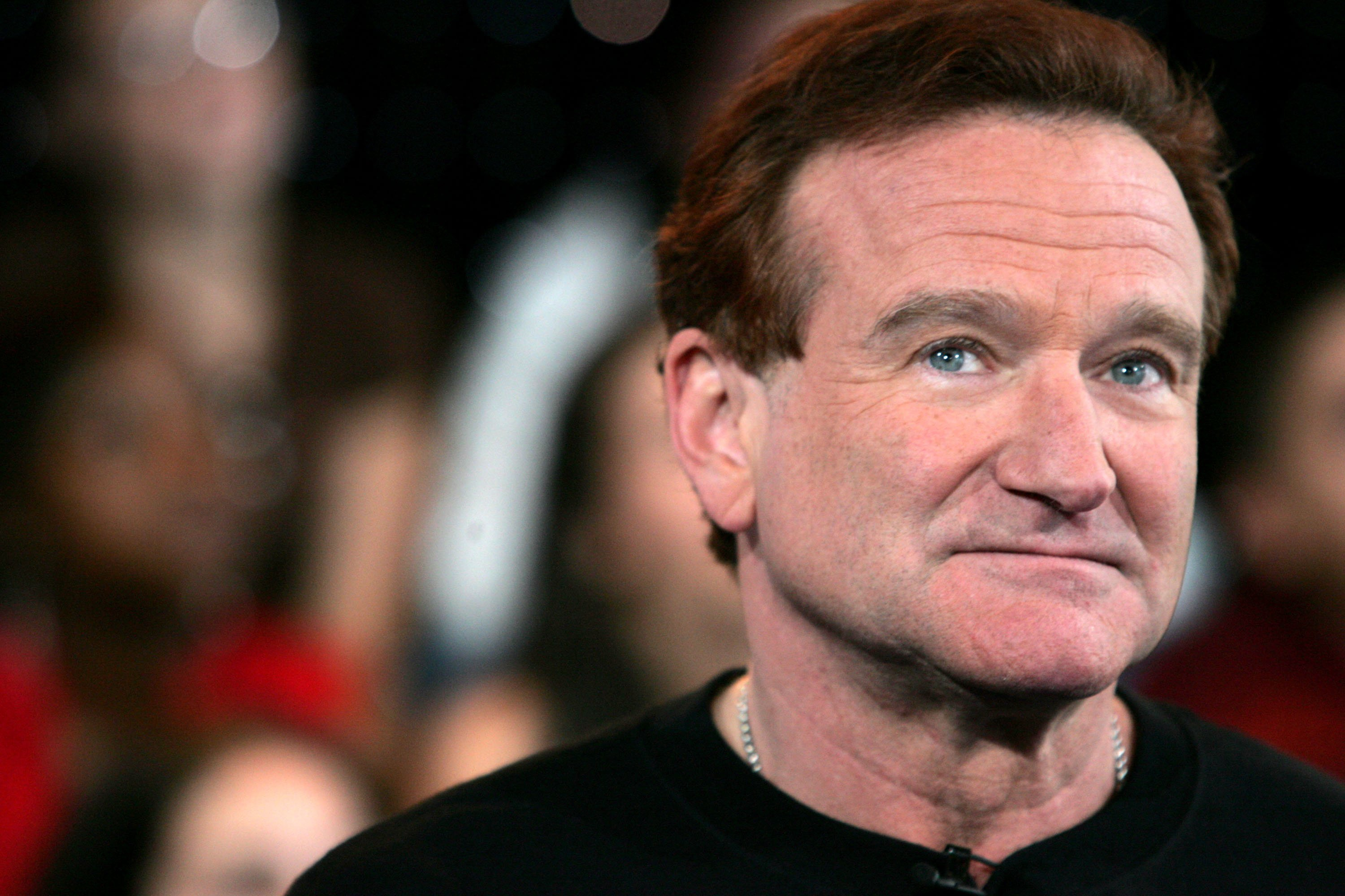Image Credits: Getty Images / Peter Kramer | Actor Robin Williams appears onstage during MTV's Total Request Live at the MTV Times Square Studios on April 27, 2006 in New York City.