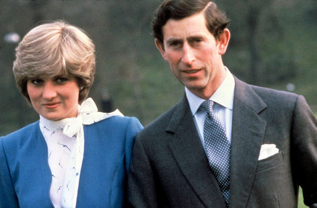Princess Diana, Princess of Wales and Prince Charles, Prince of Wales pose outside Buckingham Palace / Getty Images
