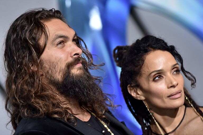 Celebrity Couples Who Hide Their Relationships