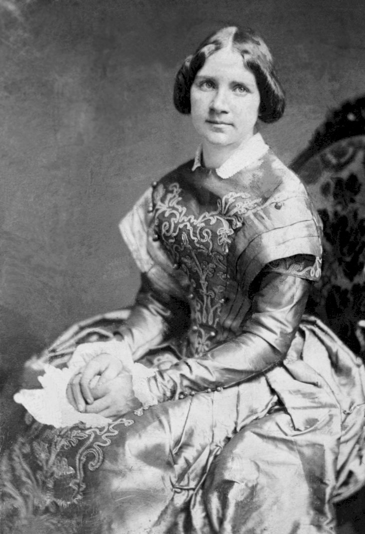 Image Source: Wikimedia Commons/Public Domain | A retouched photo of Jenny Lind from 1850