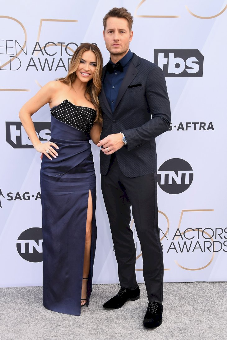Chrishell Hartley and Justin Hartley attend the 25th Annual Screen Actors Guild Awards / Photo:Getty Images