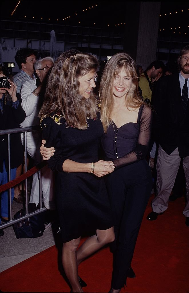 Image Credits: Getty Images / The LIFE Picture Collection | Actress Linda Hamilton and twin sister Leslie Hamilton attending the premiere of 'Terminator 2' on July 1, 1991 at Cineplex Odeon Cinema in Century City, California.