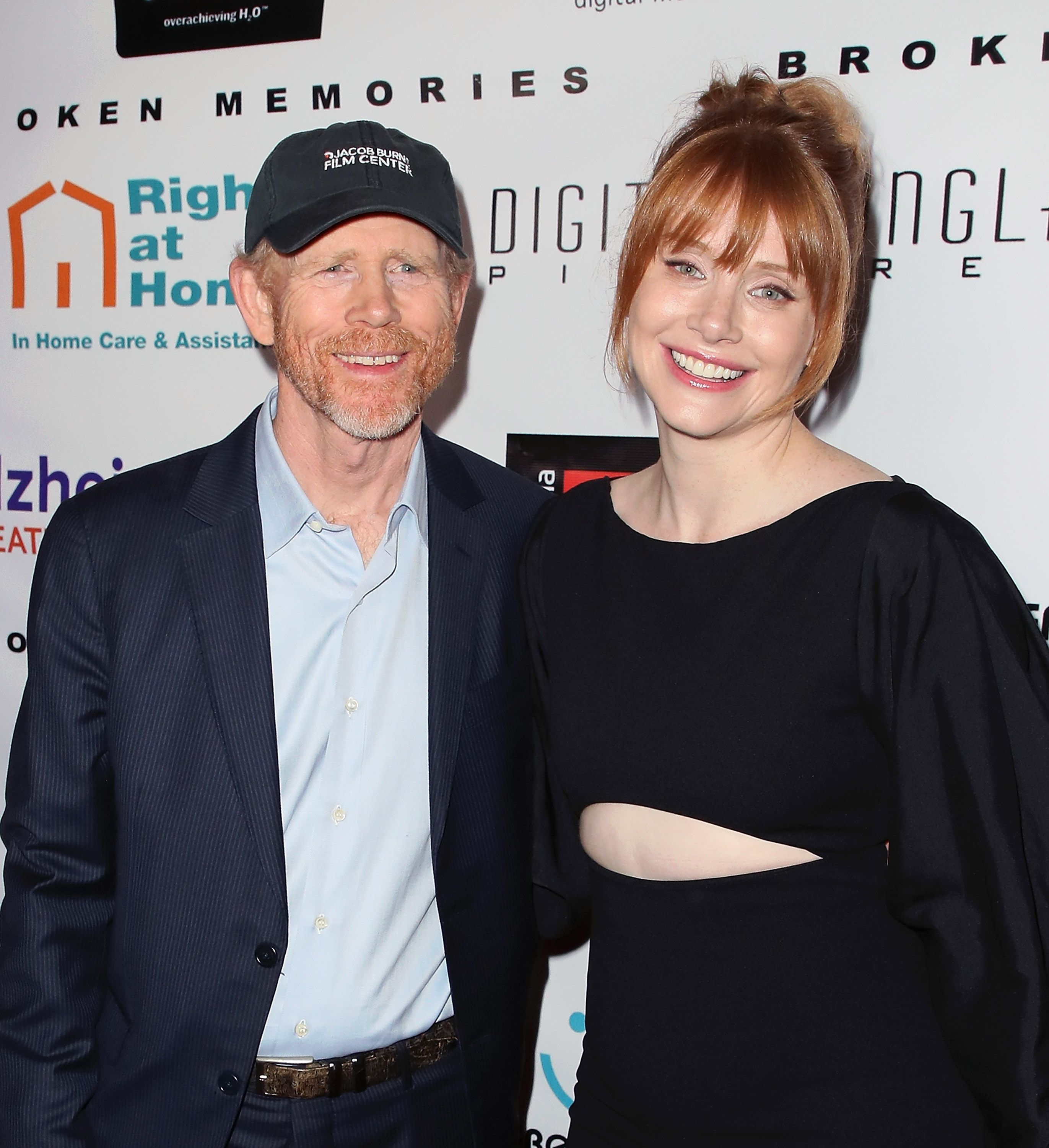 Famous Hollywood film director Ron Howard and his daughter Bryce Dallas Howard / Getty Images