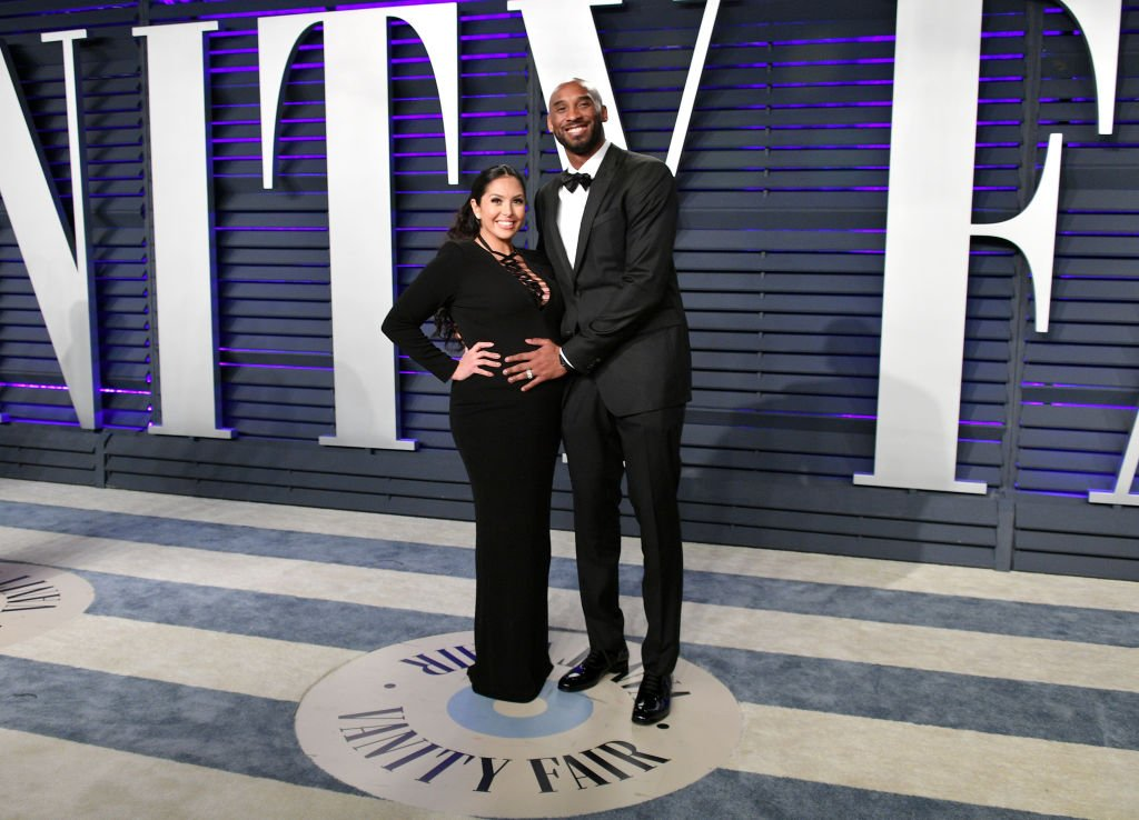 Image Source: Getty Images/Pregnant Vanessa and Kobe in the Vanity Fair event