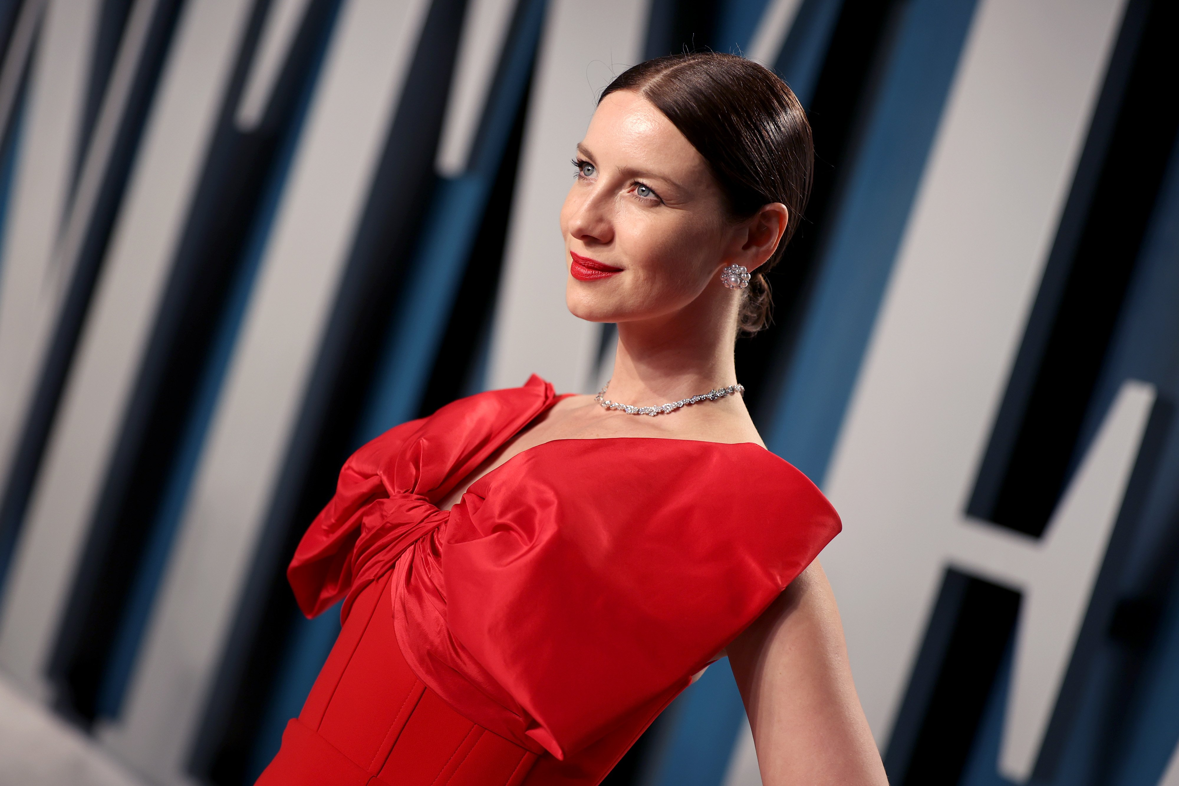 Caitriona Balfe attends the 2020 Vanity Fair Oscar Party / Getty Images