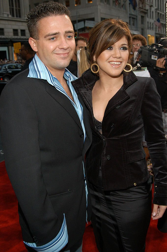 Image Credit: Getty Images / Jason Clarkson and Kelly Clarkson during 2003 MTV Video Music Awards at Radio City Music Hall in New York City, United States.