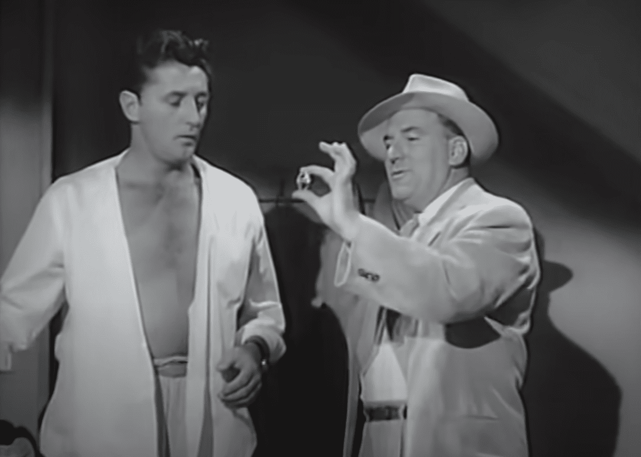Image Source: Youtube/The Hollywood Collection|Out Of The Past/RKO Pictures