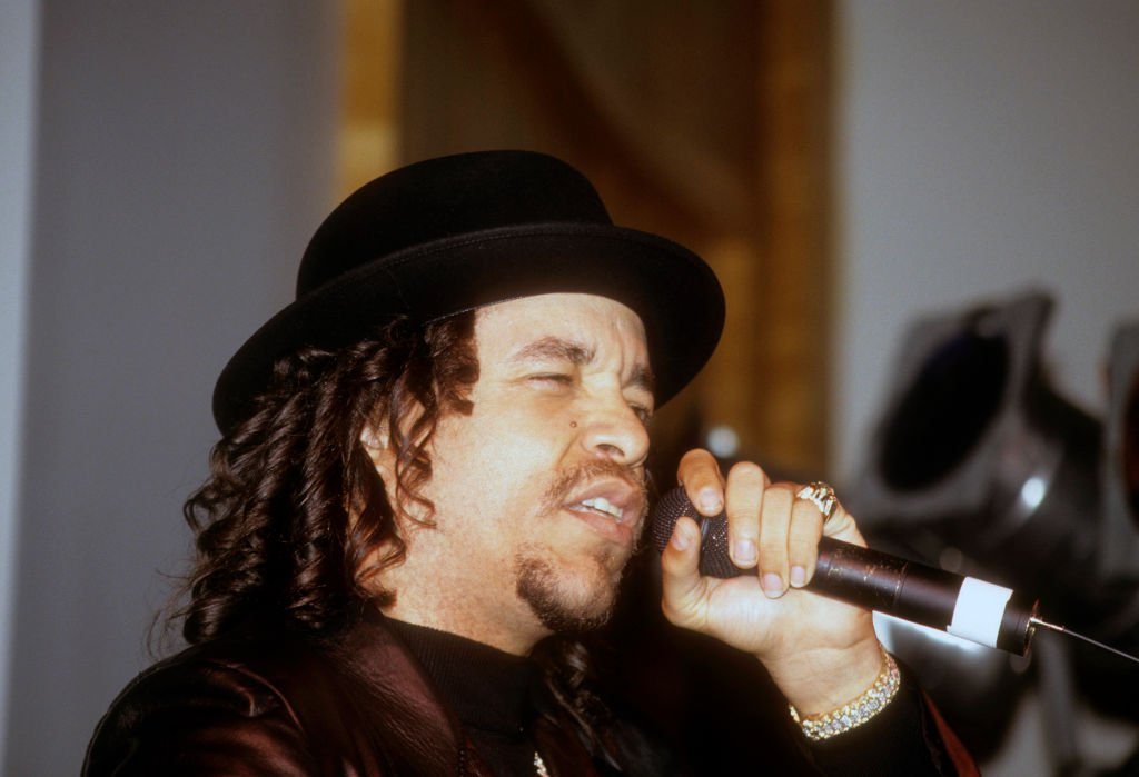 Image Credit: Getty Images / Rapper Ice-T (aka Tracy Lauren Marrow) performs in concert on May 28, 1995 at Clinton Studios in New York City.