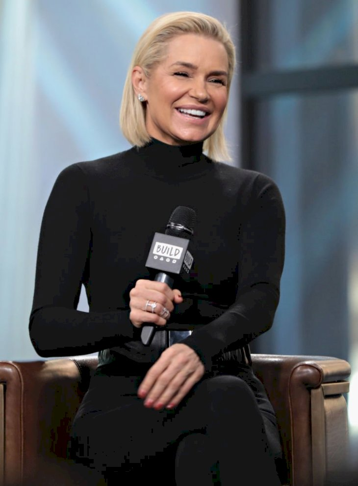 Image Credit: Getty Images / Yolanda Hadid at an interview.