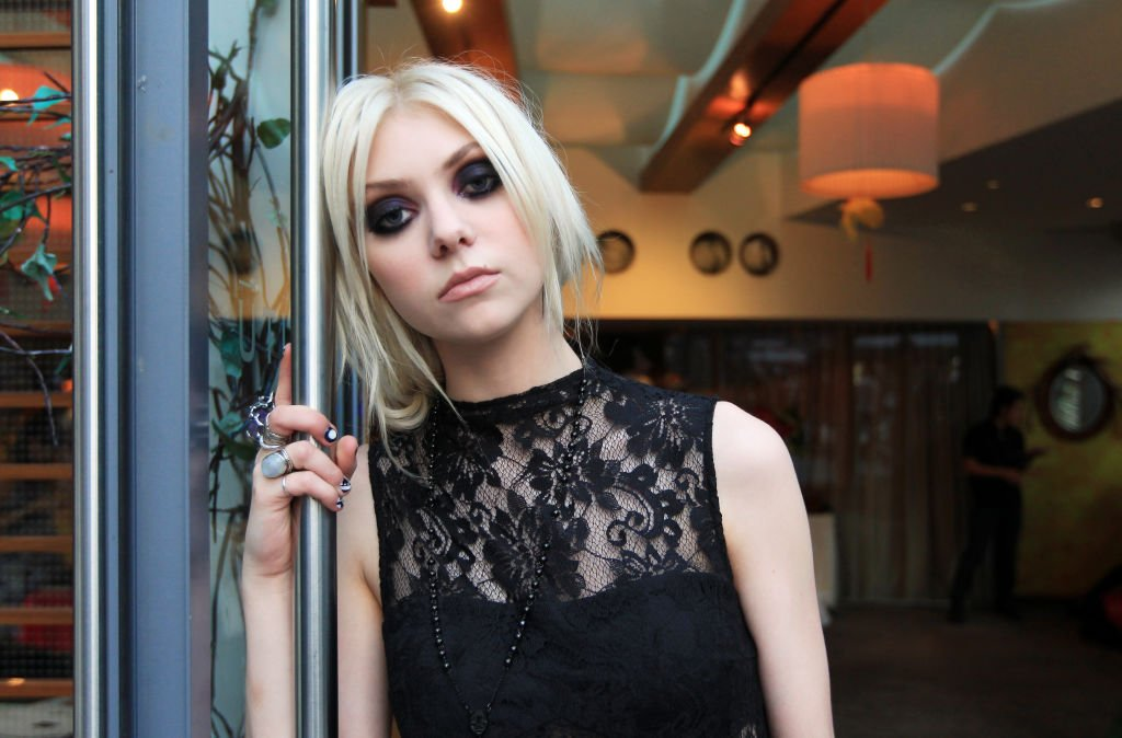 Image Credit: Getty Images / Portrait of Taylor Momsen, star of hit tv show Gossip Girl.