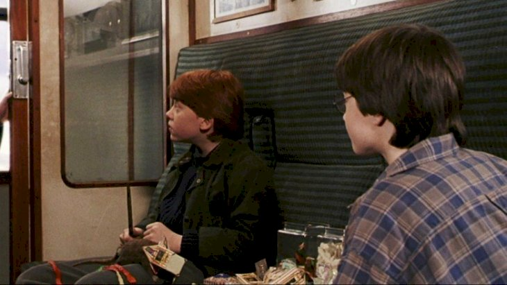 Ron Weasley and Harry Potter on the train to Hogwarts | Source: Image credit: Twitter/FireWillow777