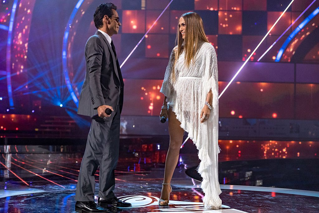 Image Source: Getty Images/Christopher Polk/Marc Anthony (L) and Jennifer Lopez perform onstage during The 17th Annual Latin Grammy Awards at T-Mobile Arena on November 17, 2016 in Las Vegas, Nevada