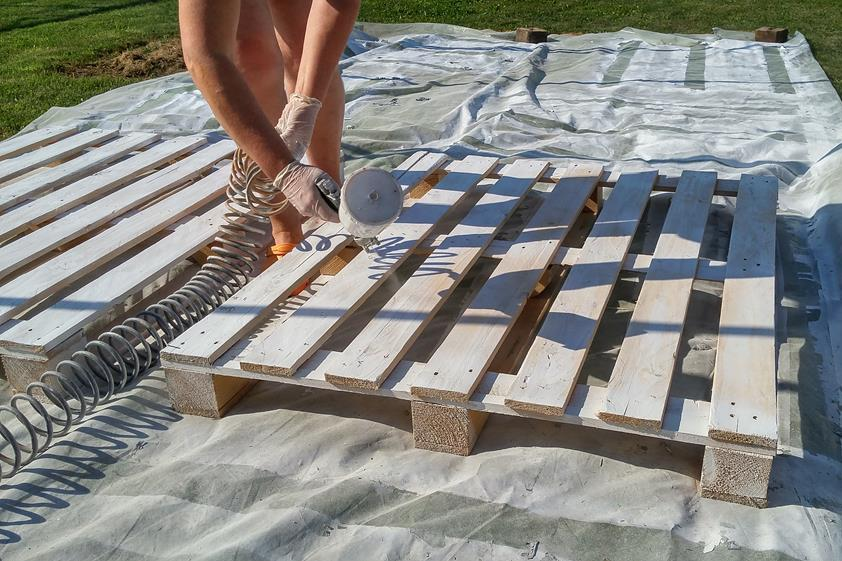 Woman Buys 43 Wooden Pallets & Her Neighbors Thought She Was Seriously Nuts