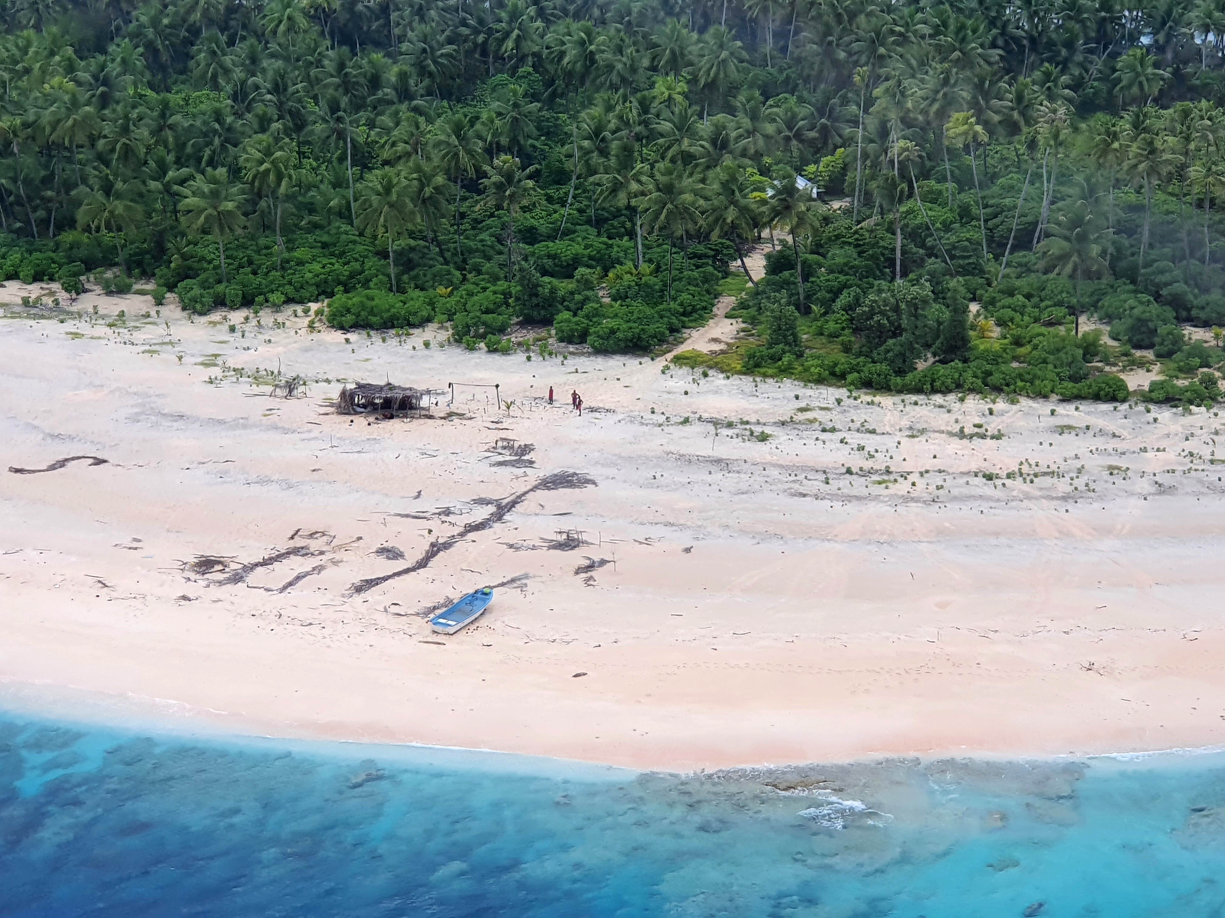 How Three Men Stranded on an Island Were Rescued