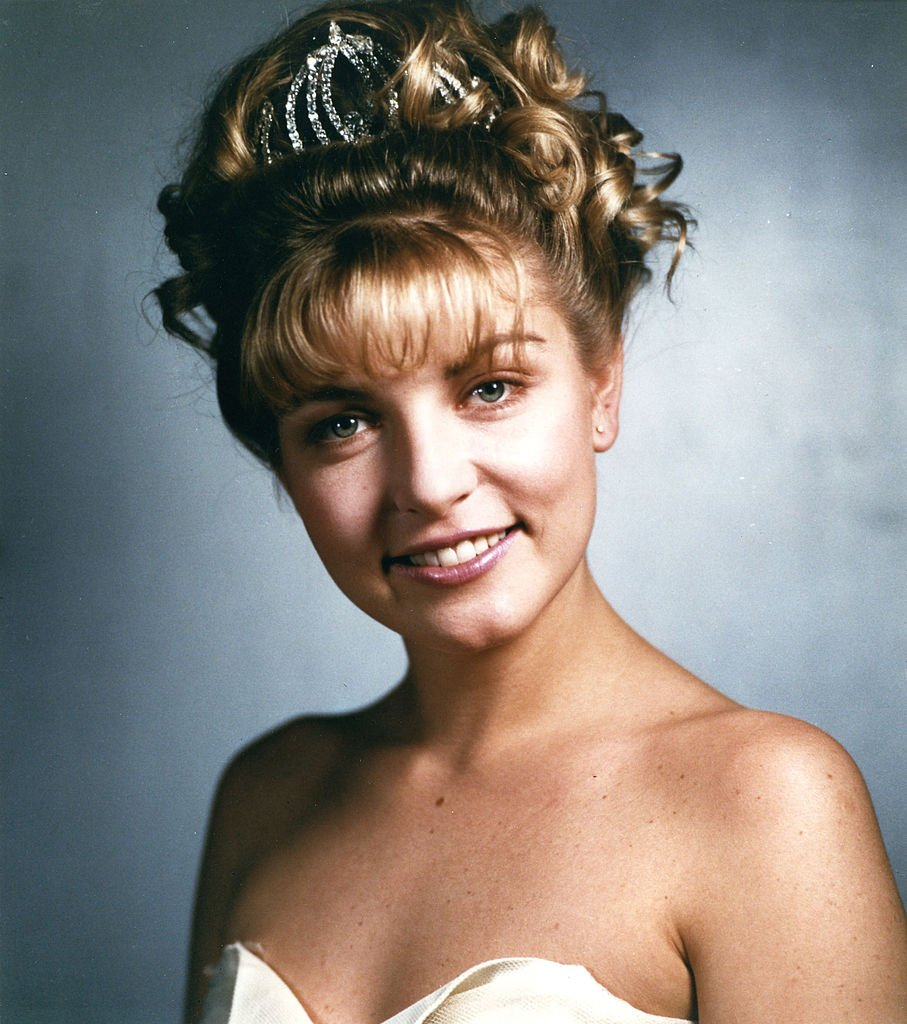 Image Credits: Getty Images / Walt Disney Television | Twin Peaks. Homecoming queen Laura Palmer (Sheryl Lee, pictured) is found dead, washed up on a riverbank wrapped in plastic sheeting. FBI Special Agent Dale Cooper is called in to work with local Sheriff Harry S.Truman in the investigation of the gruesome murder in the small Northwestern town of Twin Peaks.