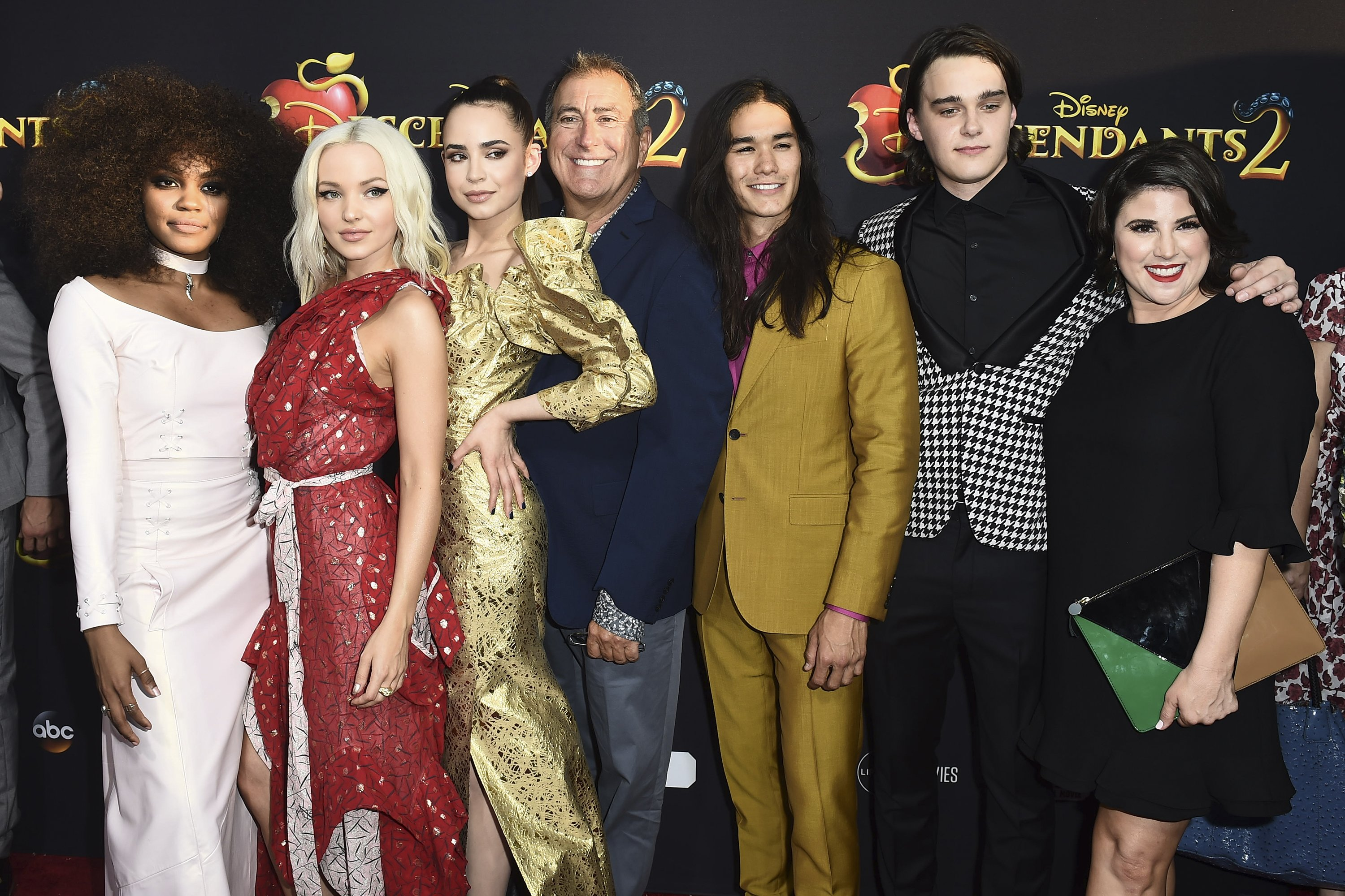 The cast of Descendants at the premiere of Descendants 2 / CC BY-ND 2.0 / Walt Disney Television / flickr