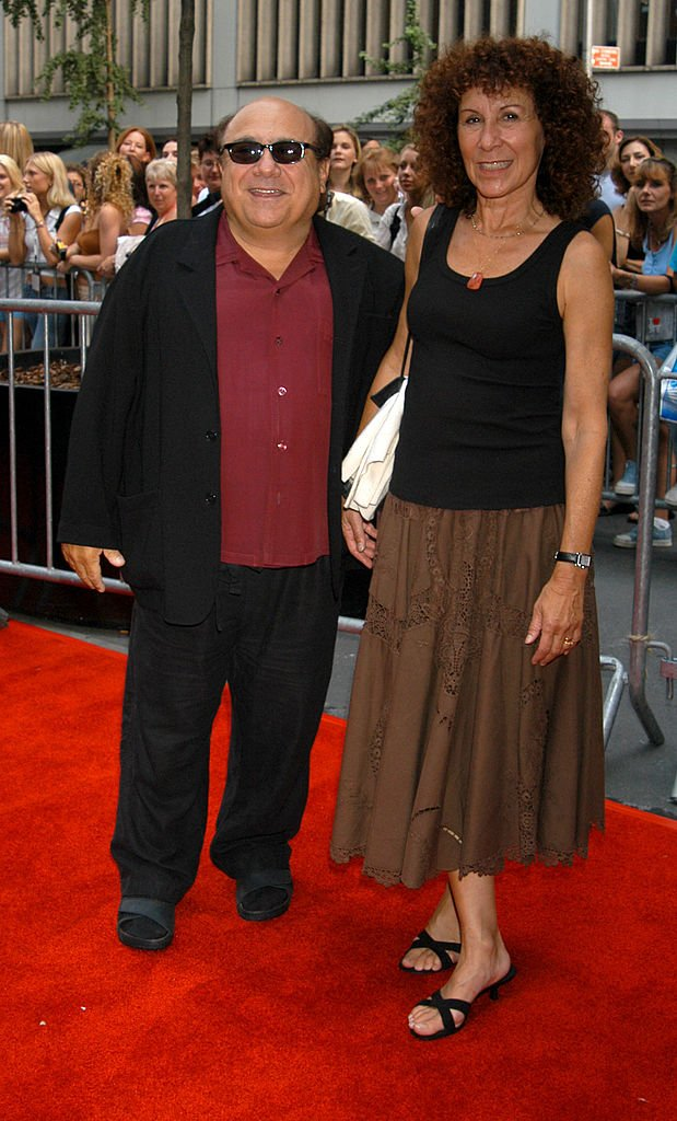"Image Source: Getty Images/Ron Galella/Danny DeVito and Rhea Perlman during IFC Premiere of ""Camp"" Outside Arrivals - New York City at The Ziegfeld Theater in New York City, New York, United States"